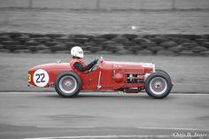 vintage racing cars - Google Search Classic Race Cars, Checkered Flag, Car Logos, Vintage Race Car, Museum Of Modern Art, Google Search, Image, Modern Art Museum, Automotive Logo