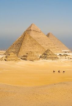 We already know that each block of the Pyramids of Egypt was cast in situ like a big block of concrete is cast nowadays. This explains the extreme precision between the blocks and breaks lack of logic for transportation of so big/heavy blocks. Pouring materials for the blocks were proved to exist in situ (click twice for more)