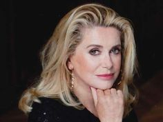 Catherine Deneuve, the grande dame of French cinema, will be honoured at the Dubai Catherine Deneuve, Jacques Demy, French Beauty, Classic Beauty, 1960s Hair, Photography Movies, My Hairstyle, Updo, Lifetime Achievement Award