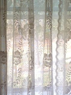 Classic Floral Lace Curtains With Stylish Attached Valance 58 X 81