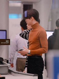 𝙽𝙲𝚃, 𝚂𝚝𝚛𝚊𝚢 𝙺𝚒𝚍𝚜, 𝚂𝚞𝚙𝚎𝚛𝙼, & 𝙰𝚝𝚎𝚎𝚣 𝚁𝚎𝚊𝚌𝚝𝚒𝚘𝚗𝚜 𝓦𝓱𝓪𝓽 𝓶𝓸𝓻𝓮 𝓬𝓪𝓷 𝓫𝓮 𝓼𝓪𝓲𝓭? 𝕆ℕ𝕃𝕐 𝕃𝔼𝔾𝔸𝕃 𝕄𝔼𝕄𝔹? Nct Johnny, Johnny Seo, Winwin, Taeyong, Jaehyun, K Pop, Yuta, Lucas Nct, Airport Style