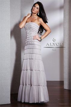 http://www.netfashionavenue.com/alyce-paris-5519-dress.aspx