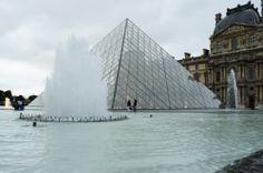 Clássicos da Arquitetura: Pirâmides do Louvre / I.M. Pei