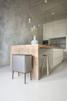 Haus Kücheninsel Make Valentine's With Your Kids Homemade Valentine's are great for you Rustic Kitchen Design, Interior Design Kitchen, Kitchen Designs, Cuisines Design, Kitchen Styling, Beautiful Kitchens, Kitchen Dining, Island Kitchen, Kitchen Island Against Wall
