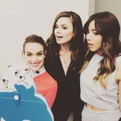 Elizabeth Henstridge, Hayley Atwell, Chloe Bennet || SDCC 2015 || 580px × 580px || #cast