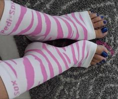 Pink Zebra Original Pedi-Sox®.... keep freshly pedicured feet comfy cozy and clean.  Toenails dry flawlessly as skin softens beautifully !