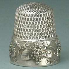 Antique Sterling Silver Grape Vine Thimble. Simons Bros. * 1907 Patent Mark
