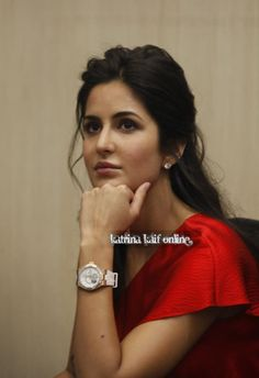 Katrina kaif British Actresses, Katrina Kaif, Bollywood Celebrities, Diva, Hot Girls, Hair Care, Beauty Hacks, Actors, Movies