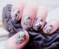 swirly fingernails