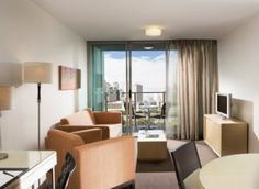 Mantra Southbank Melbourne Apartments is an ideal place for business and leisure guests who are looking for accommodation with personalised services. Mantra South Bank offers spacious and clean accommodation in a vibrant fun location with a multitude of near by activities. Mantra South Bank sits