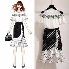 Fashion Drawing Dresses, Fashion Illustration Dresses, Fashion Dresses, Fashion Design Drawings, Fashion Sketches, Dress Sketches, Dress Drawing, Kawaii Clothes, Mode Style