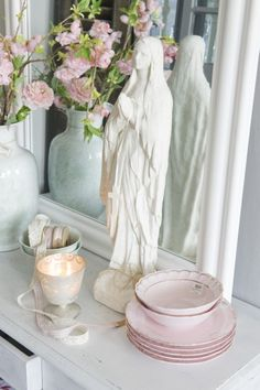 For Maria!  Beautiful Shabby Chic.
