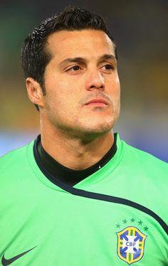 Júlio César, goleiro brasileiro.