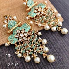 These #bridal #earrings are just taking out hearts like that! #eventila #wedding #bridalearrings #earringsforbrides #indianwedding #weddingtrends #weddingPhotography #trends #fashion #fashiontrends #bridaljewellerydiamond