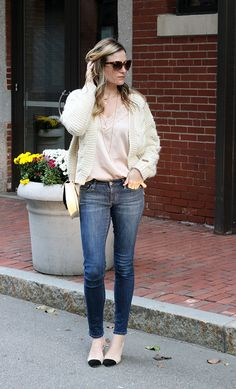 Lace Cami and Cable Knit Cardigan Lace Camisole, Cable Knit Cardigan, Blue Jeans, Glamour, Knitting, Chic, Style, Fashion, Ripped Jeans