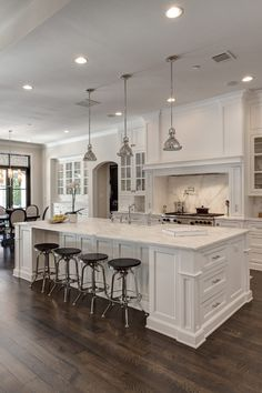 Here are the top 10 popular trends on kitchen design 2020 in China. Give you the best kitchen cabinet ideas for home revocation or home decor. Luxury Kitchen Design, Design Your Kitchen, Kitchen Cabinet Design, Kitchen Interior, Kitchen Cabinet Manufacturers, Best Kitchen Cabinets, All White Kitchen, Beautiful Kitchens, House Design