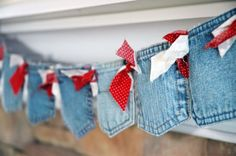 Denim pocket banner-could be cute for a BBQ, Country/Western, Summer Patriotic, etc. Theme. Use Red Bandannas for accents.