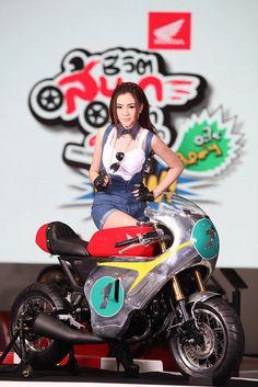 Honda Grom Cafe Racer