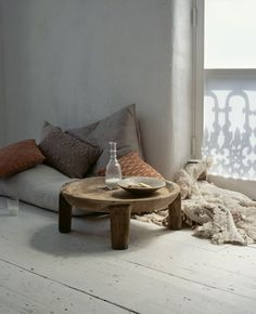 Take me here. Now please. Cozy little corner with a window #cushions #white