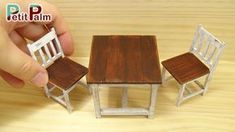 DIY How to make Miniature Table & Chair Vintage Paint Tutorial - Petit Palm Miniature Rooms, Miniature Crafts, Miniature Furniture, Dollhouse Furniture, Dollhouse Tutorials, Diy Dollhouse, Dollhouse Miniatures, Woodworking For Kids, Woodworking Basics