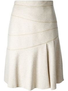 29 Women Skirts For You This Winter - Global Outfit Experts Modest Fashion, Trendy Fashion, Fashion Outfits, Women's Fashion, Blouse And Skirt, Pleated Skirt, Elegant Outfit, Look Chic, Mode Inspiration