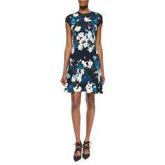 Erdem Darlina Floral-Print Flounce Dress ($315) ❤ liked on Polyvore featuring dresses, flounce hem dress, white ruffle dress, white jersey dress, white dress and floral jersey dress