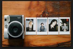 Fuji film instax mini 90 neo. So want this camera!