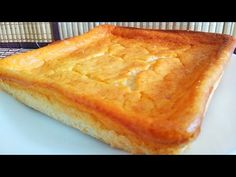 mira lo que hice con 2 yogures y 2 huevos, en 1 minuto y por menos de 1 €❤️ - YouTube Cornbread, Pie, Ethnic Recipes, Desserts, Youtube, Food, Yogurt, Dessert Recipes, Pound Cake