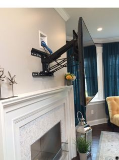 90 Most Popular Wall Mount Tv Ideas for Living Room Tv Wall Mount Ideas to Create Perfect View Your Decor Diy Tv Wall Mount, Wall Mounted Tv, Mount Tv, Tv Mount Over Fireplace, Mantel Mount, Tv Fireplace, Fireplace Facade, Fireplace Remodel, Deco Tv