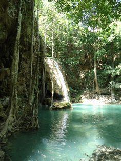 De #Erewan watervallen in #Thailand. Wat een plaatje vind je niet?