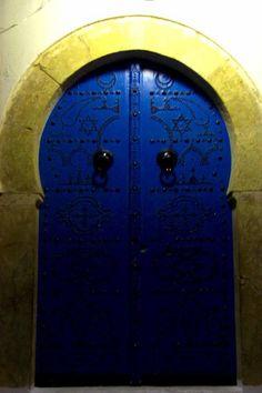 tunisian door, tunisia تونس