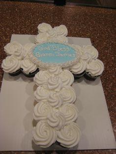 Pull Apart Cupcake Cake, Cupcake Cakes, Baptism Cupcakes, Desserts, Food, Tailgate Desserts, Deserts, Essen, Postres