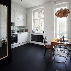 Brand New Quality PLAIN BLACK Natural Non Slip Vinyl Flooring - 2M - 4M Widths