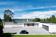 Concrete and glass work in harmony to add architectural wow to what started out as an ordinary 1970s home, leaving a dynamic contemporary villa in its wake