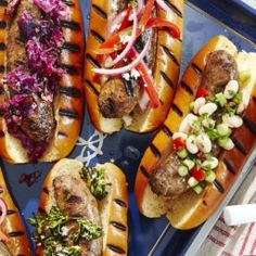 Grilled Sausages Grilling Tips, Grilling Recipes, How To Grill Sausage, Grilled Italian Sausage, Sausage Rolls, Barbecue Recipes, Oven Roast, Sausages, Sausage Recipes
