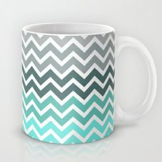Tiffany Fade Chevron Pattern Mug