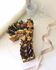 Number Birthday Cakes, Number Cakes, Beautiful Cakes, Amazing Cakes, Alphabet Cake, Chocolate Custard, Cake & Co, Cake Designs, Cupcake Cakes