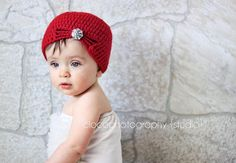 Cute basic crochet hat - pattern comes in all sizes!