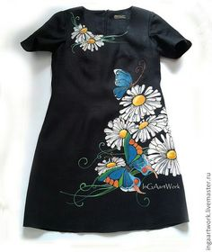 Hand Painted Dress, Painted Clothes, T Shirt Painting, Fabric Painting, Baby Dress Design, Bridal Blouse Designs, Embroidered Clothes, Embroidery Fashion, Pakistani Outfits