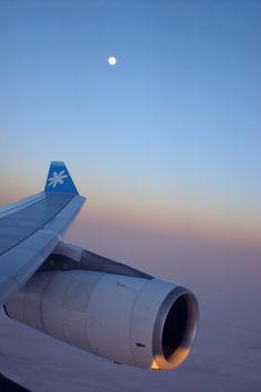 Air Tahiti Nui Winglet with Full Moon rising