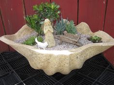 Succulent Garden in Papercrete Clamshell Pot.