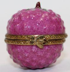 LIMOGES France Peint Main Porcelain Signed Raspberry Fruit Trinket Box RARE #Limoges