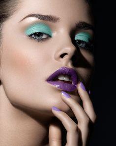 Purple lips - Make-up