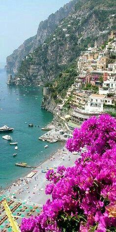 ✔ Positano, Italy. M.M #placestogoinitaly