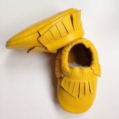 mocassins cuir bébé frangés jaune