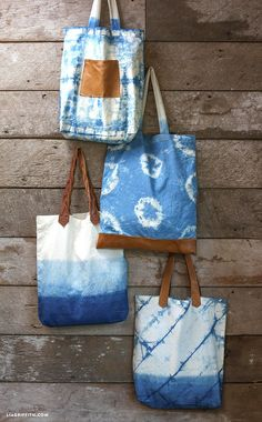 Tote bags dyed with indigo using tie dye & shibori techniques Tie Dye Bags, Shibori Tie Dye, Indigo Dye, Fabric Bags, How To Dye Fabric, Handmade Bags, Handmade Leather, Purses And Bags, Jean Purses