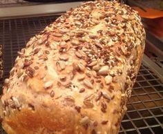 Spelled bread delicious, airy from A Thermomix ® recipe from the Bread & Buns cat - Low Carb Recipes, Bread Recipes, Cake Recipes, Bread Bun, Bread Rolls, Bread And Pastries, Recipe For 4, Pampered Chef, Sweet And Spicy