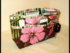 Purse organizer This would also work well in the car! Purse Organization, Diaper Bag, Lunch Box, Purses, Ideas, Bags, Clutter, Youtube, Crafts