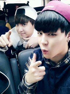 Jimin's twitter update with J-Hope ♥♥