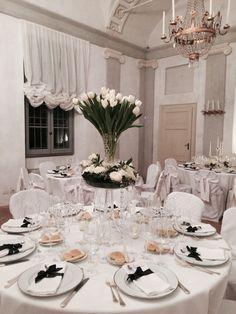wedding decor by flower for wedding dinner and party white and green decor with swarosky decorazioni floreali per matrimonio con swarosky nei colori del bianco e verde
